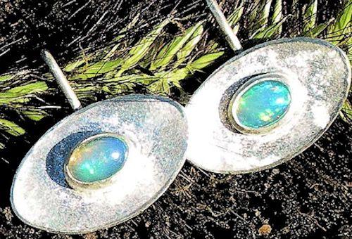 Welo-Opal (Äthiopien) Silberohrringe